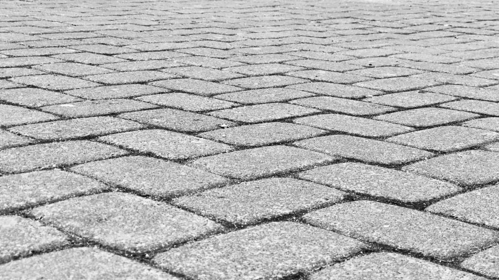 pavers-for-muddy-backyard