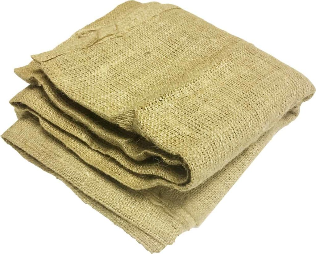 burlap-sheets-birds-grass-seeds