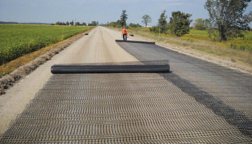 Geotextile-fabric-beneath-pavers