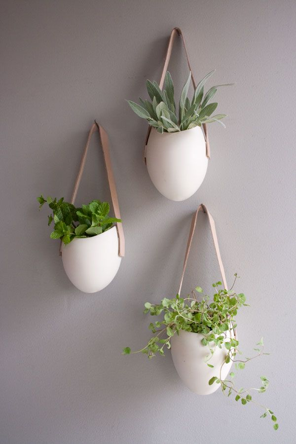 Planters-with-hooks