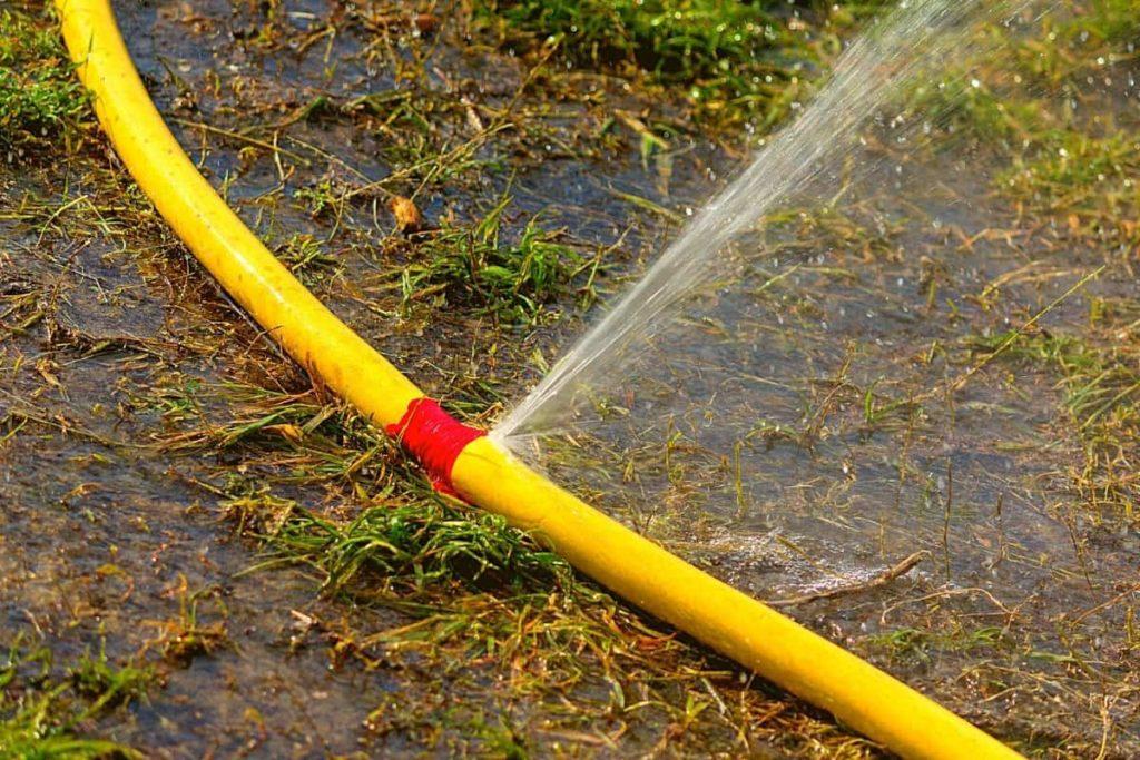 Garden-hose-pinhole-leakage
